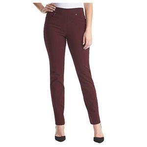 Gloria Vanderbilt Burgundy Pull-on Jeans